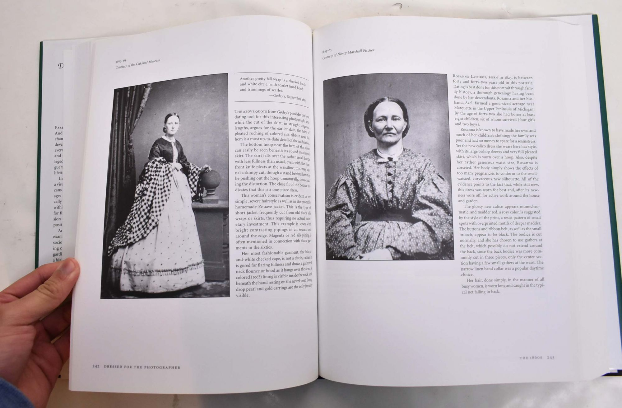 Dressed for the Photographer: Ordinary Americans and Fashion, 1840-1900 |  Joan Severa