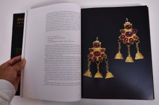 Bright Lights in the Dark Ages: The Thaw Collection of Early Medieval Ornaments