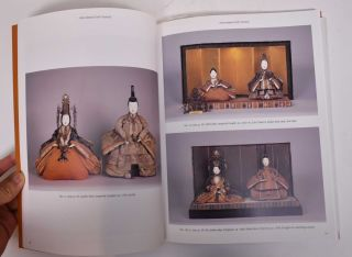 Ningyo: The Art of the Human Figurine: Traditional Japanese Display Dolls from the Ayervais Collection