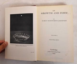 On Growth and Form (2 Volumes)